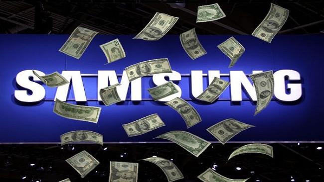 أبل تطلب 380 مليون دولار من سامسونج تعويضا عن سرقة تصميمات هواتفها