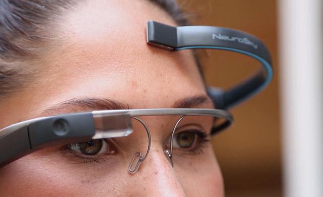 تطبيق جديد يتيح التحكم في نظارات غوغل ذهنيا