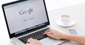 إندبندنت جوجل تحتفظ بصوتك ومحادثاتك أثناء إجراءك لبحثا على محركها