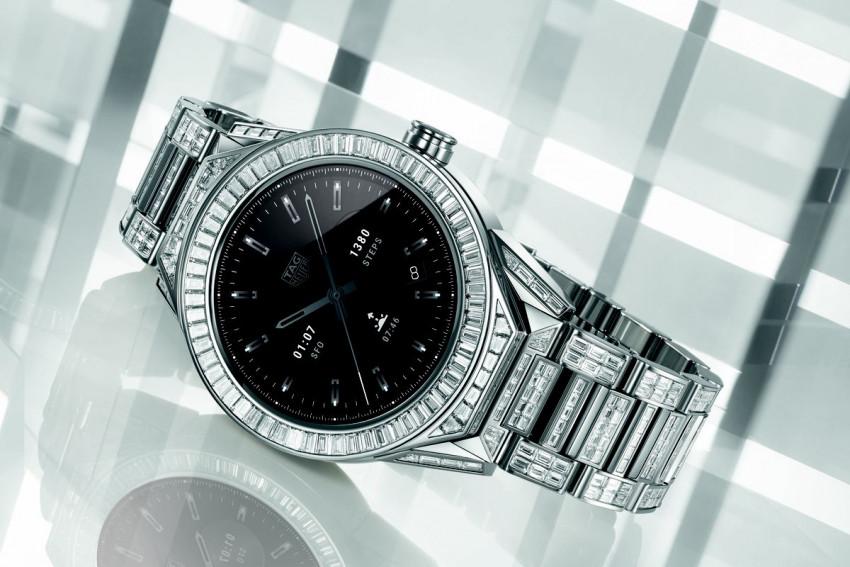 أغلى ساعة ذكية في العالم سعرها 736,000 درهم إماراتي!