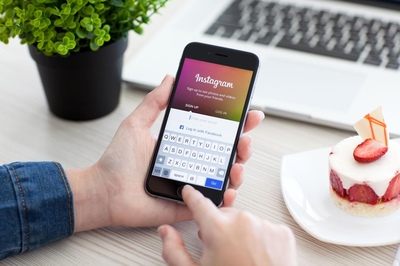 تحديث جديد لتطبيق إنستجرام.. ميزتا البث المباشر والرسائل سريعة الزوال